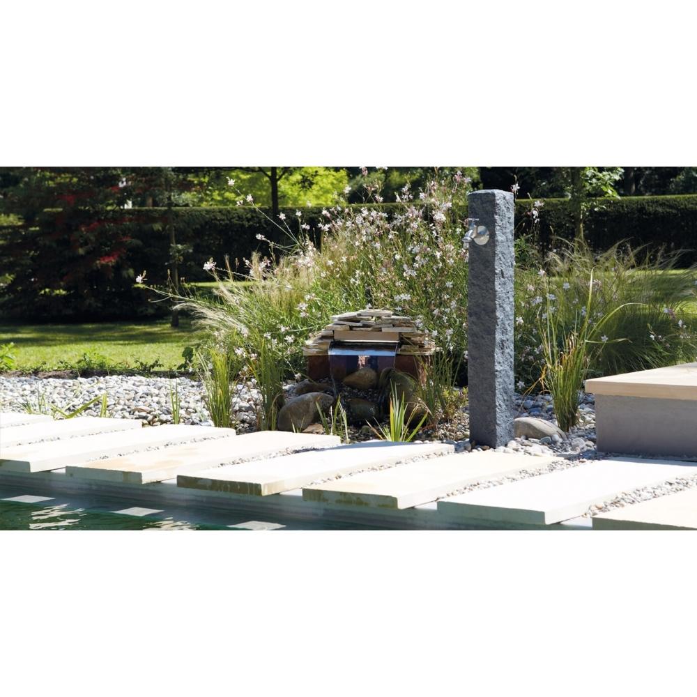 Vandens kolonėlė granitas, tamsi